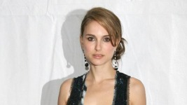 Natalie Portman: Αρραβωνιάστηκε και είναι και έγκυος…