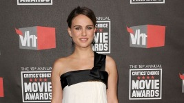 Natalie Portman: Στα Critics' Choice Awards…