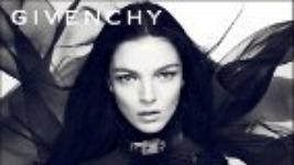 Dahlia Noir… το νέο άρωμα από τον οίκο Givenchy..
