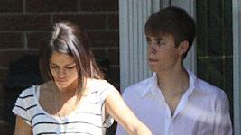 Justin Bieber: Με τη Selena Gomez στο Τορόντο..