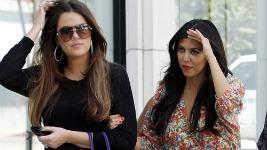 Khloe & Kourtney Kardashian: Βόλτα στο Los Angeles..