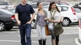 Selena Gomez: Για πρωινό με τους γονείς της..