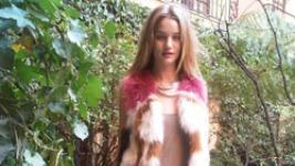 Rosie Huntington-Whiteley: Πώς ντύνεται στην καθημερινή της ζωή..