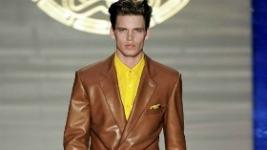 versace-spring-summer-2012-runway-milan-fashion-week-1