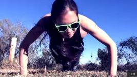 Ένα κοριτσάκι έκανε για 100 συνεχόμενες μέρες πους απς! Δείτε τι έγινε.. (VIDEO)