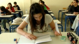 Δες αναλυτικά το πρόγραμμα των Πανελλαδικών Εξετάσεων (ξεκινάνε 28 Μαϊου)