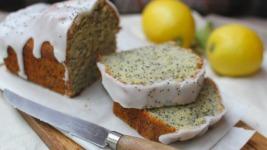 Υπέροχο κέικ λεμονιού με γλάσο (συνδύασέ το με παγωτό και εξτασιάσου)
