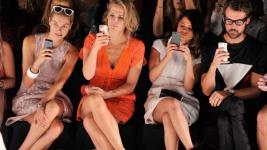 8 πράγματα που συμβαίνουν στα fashion shows και δεν μπορείς να τα φανταστείς!
