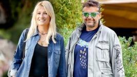 Φαίη Σκορδά και Γιώργος Λιάγκας: Χαλαρή βόλτα στη Βουλιαγμένη (δες φωτό)