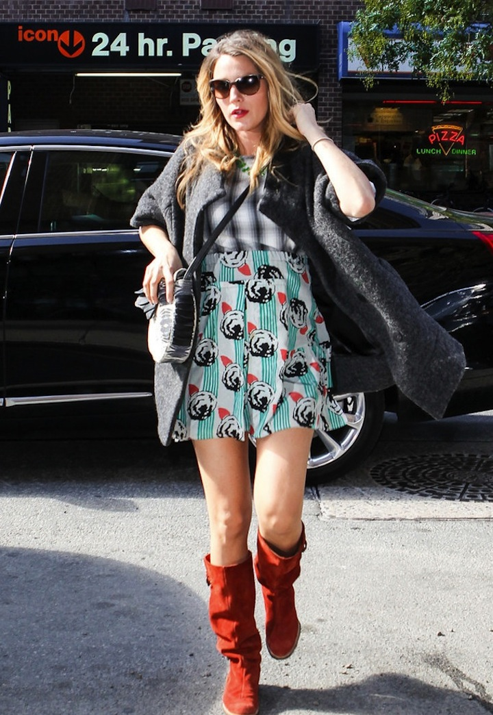 Pregnant-Blake-Lively-Shopping-NYC-Pictures (2)