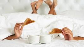 Αυτά είναι τα Συν και τα Πλην του Πρωινού σεξ!
