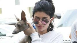 Η Kylie Jenner κουράστηκε και αφαίρεσε όλο το μακιγιάζ της!