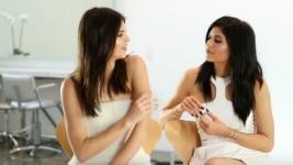 Η Kendall Jenner δεν Μπορεί να Σταματήσει να Γελάει με το πιο Ντροπιαστικό πράγμα που έχει Κάνει η Kylie!