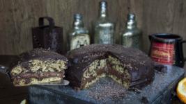 Το πιο νόστιμο νηστίσιμο κέικ από τον Άκη Πετρετζίκη!