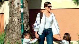 Σταματίνα Τσιμτσιλή: Βόλτα στο πάρκο με τις κόρες της!