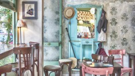 Ένα Μικροσκοπικό Cafe-Bistrot στο Κουκάκι που Πρέπει να Επισκεφτείτε!